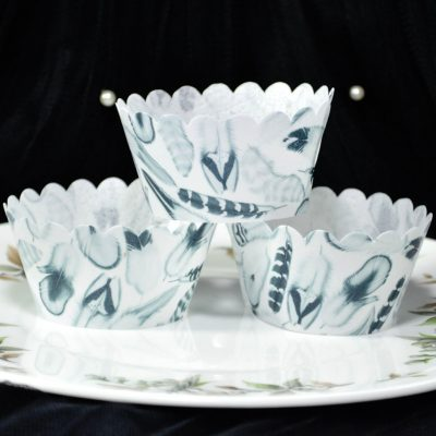 Wickstead's-Eat-Me-100%-Edible-Cupcake-Wrappers-from-our-Monochrome-Boho-Feather-Collection