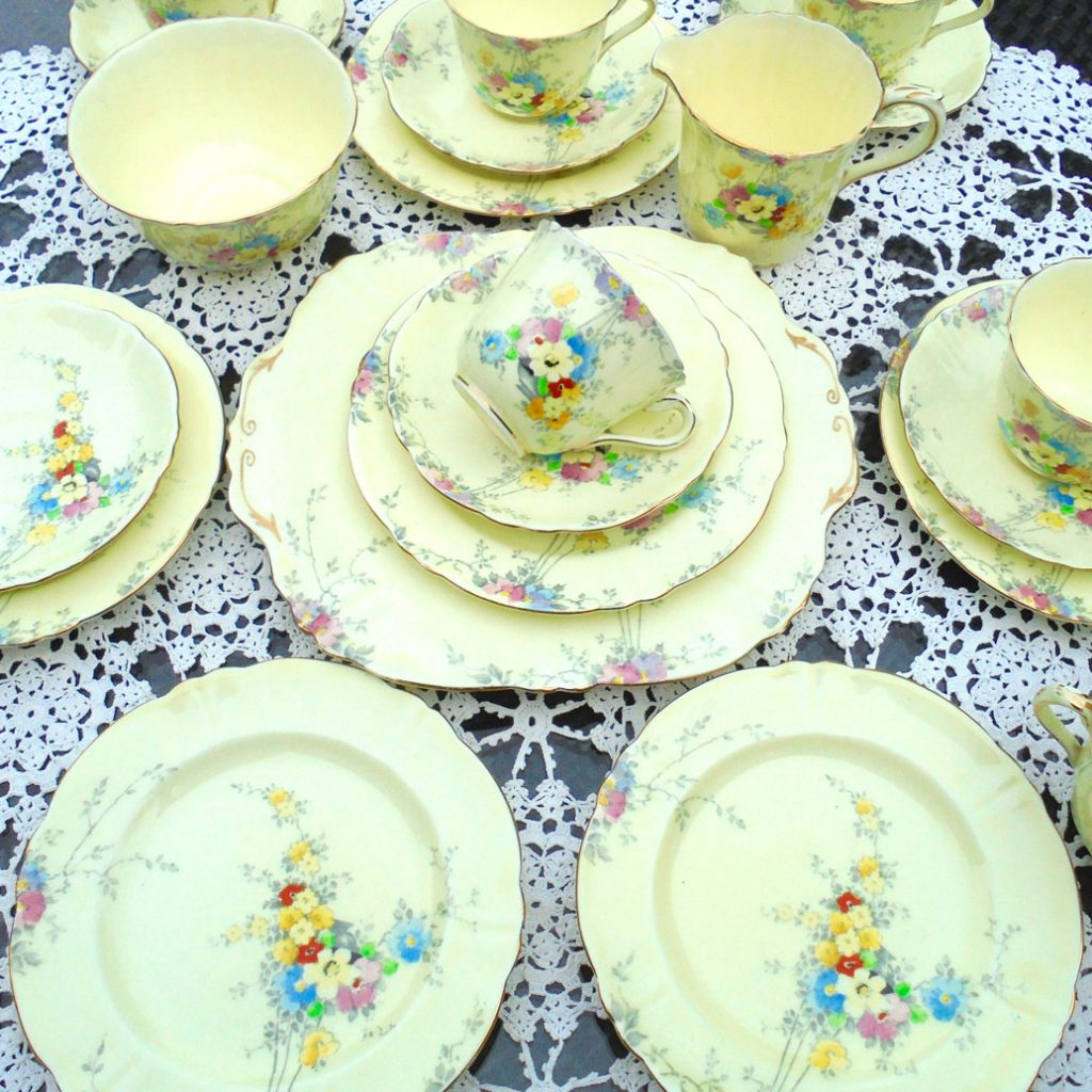 Wickstead's-1930s-Crown-Staffordshire-Hand-Painted-English-China-Tea-Set-(1)