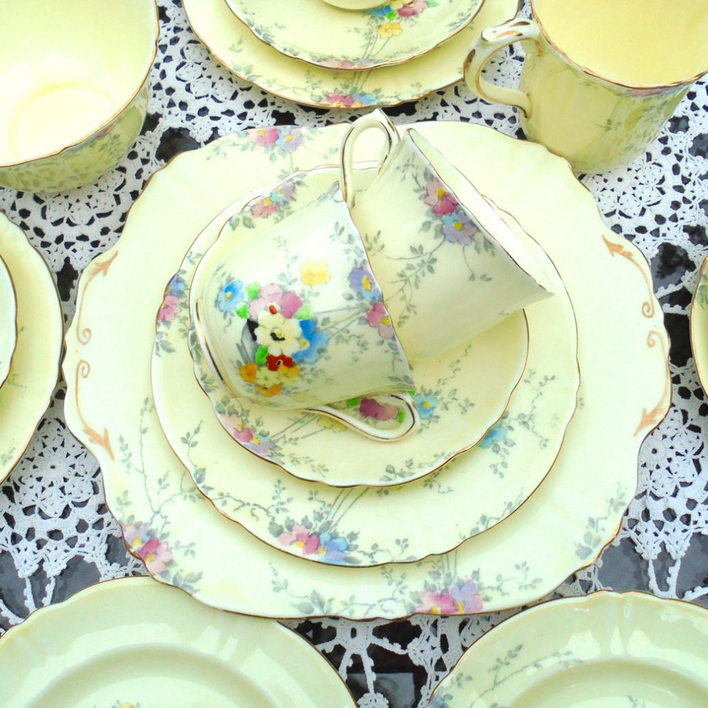 Wicksteads Vintage Crown Staffordshire Hand Painted English China Tea Set