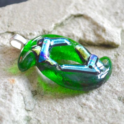Wickstead's-AW-Designs-UK-Abstract-Bottle-Green-Metallic-Dichroic-Glass-Pendant-(2)