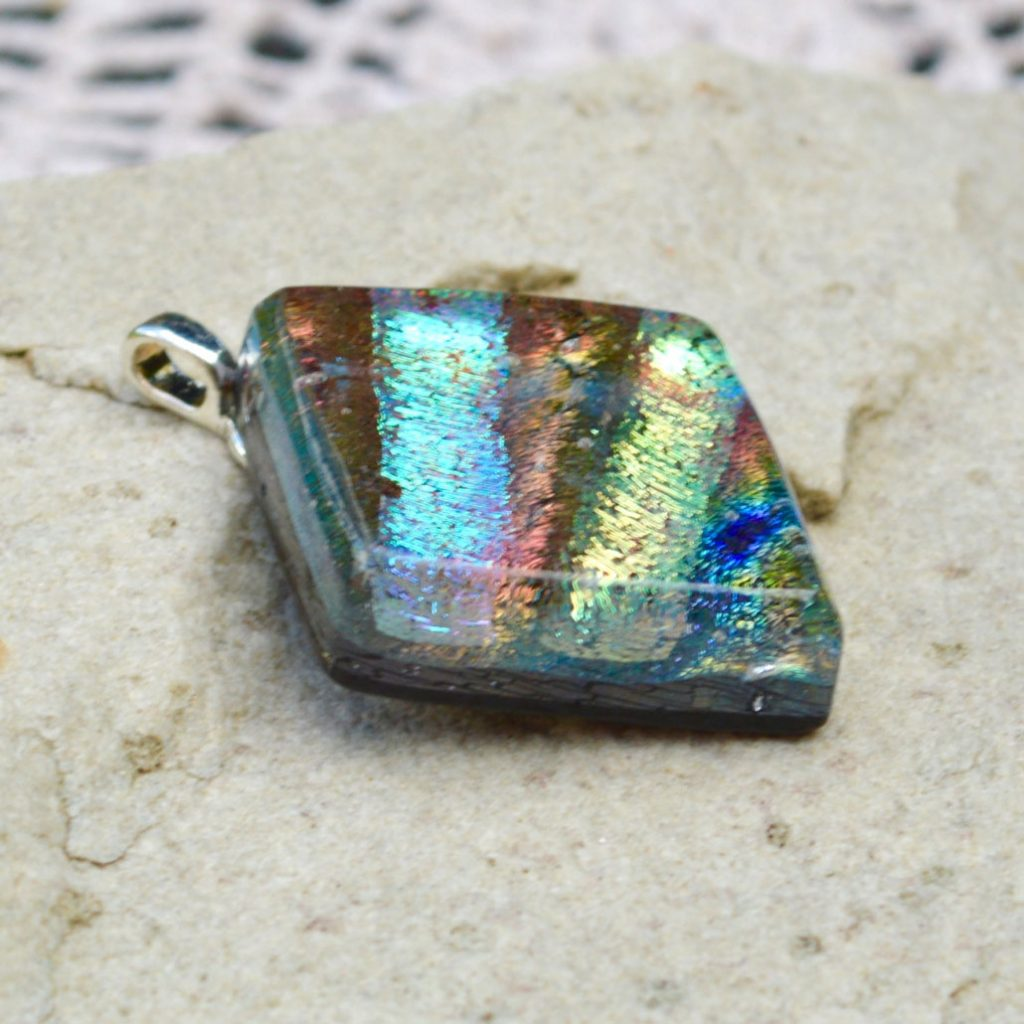 Wickstead's-AW-Designs-UK-Iridescent-Mixed-Colour-Diamond-Dichroic-Glass-Pendant-(3)