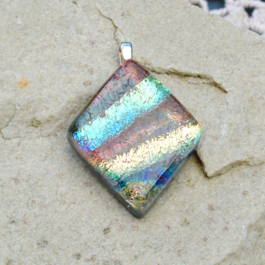 Wickstead's-AW-Designs-UK-Iridescent-Mixed-Colour-Diamond-Dichroic-Glass-Pendant-(5)