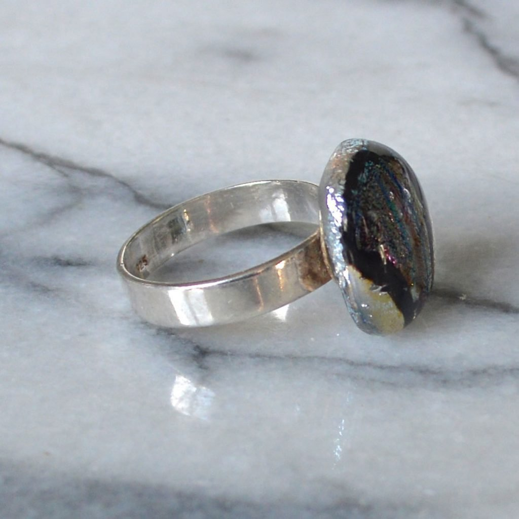 Wickstead's-AW-Designs-UK-Silver-Metallic-Black-Plum-Dichroic-Glass-Ring-(3)