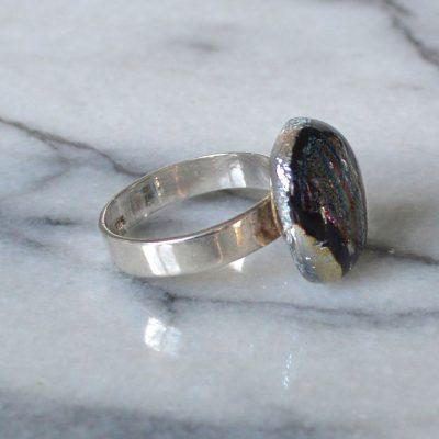 Wickstead's-AW-Designs-UK-Silver-Metallic-Black-Plum-Dichroic-Glass-Ring-(3)