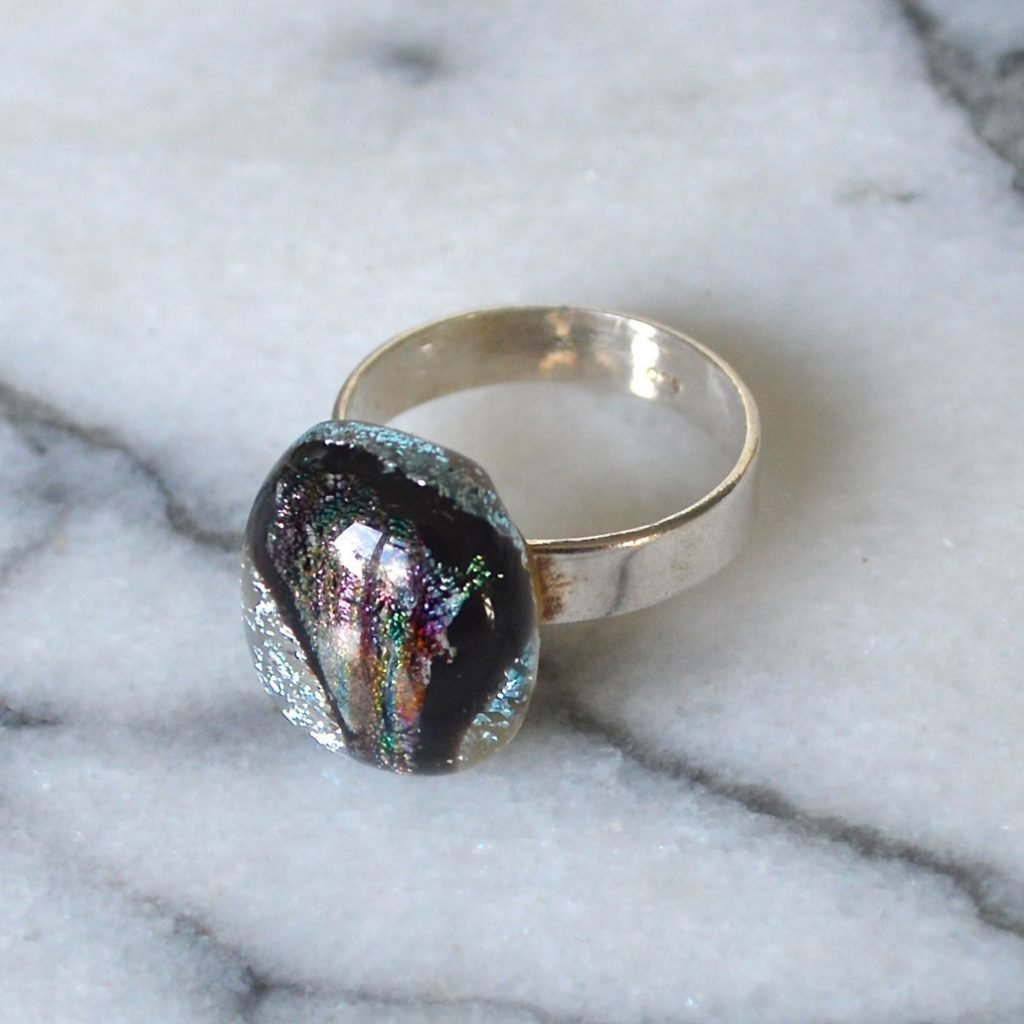 Wickstead's-AW-Designs-UK-Silver-Metallic-Black-Plum-Dichroic-Glass-Ring-(5)