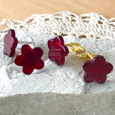 Wicksteads AWDesignsUK Deep Red Glass Flower Cufflinks