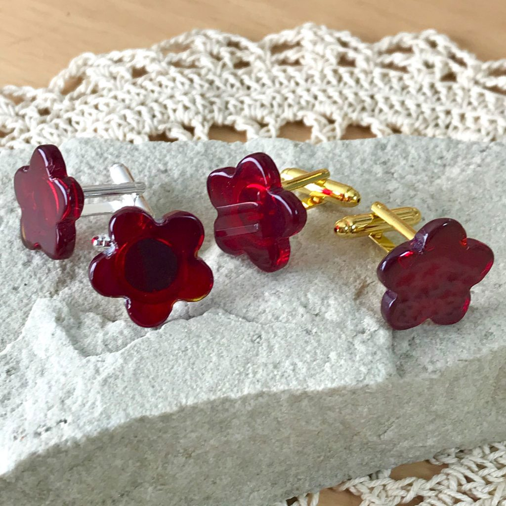 Wickstead's-AWDesigns-Deep-Red-Flower-Fused-Glass-Cufflinks-(10)