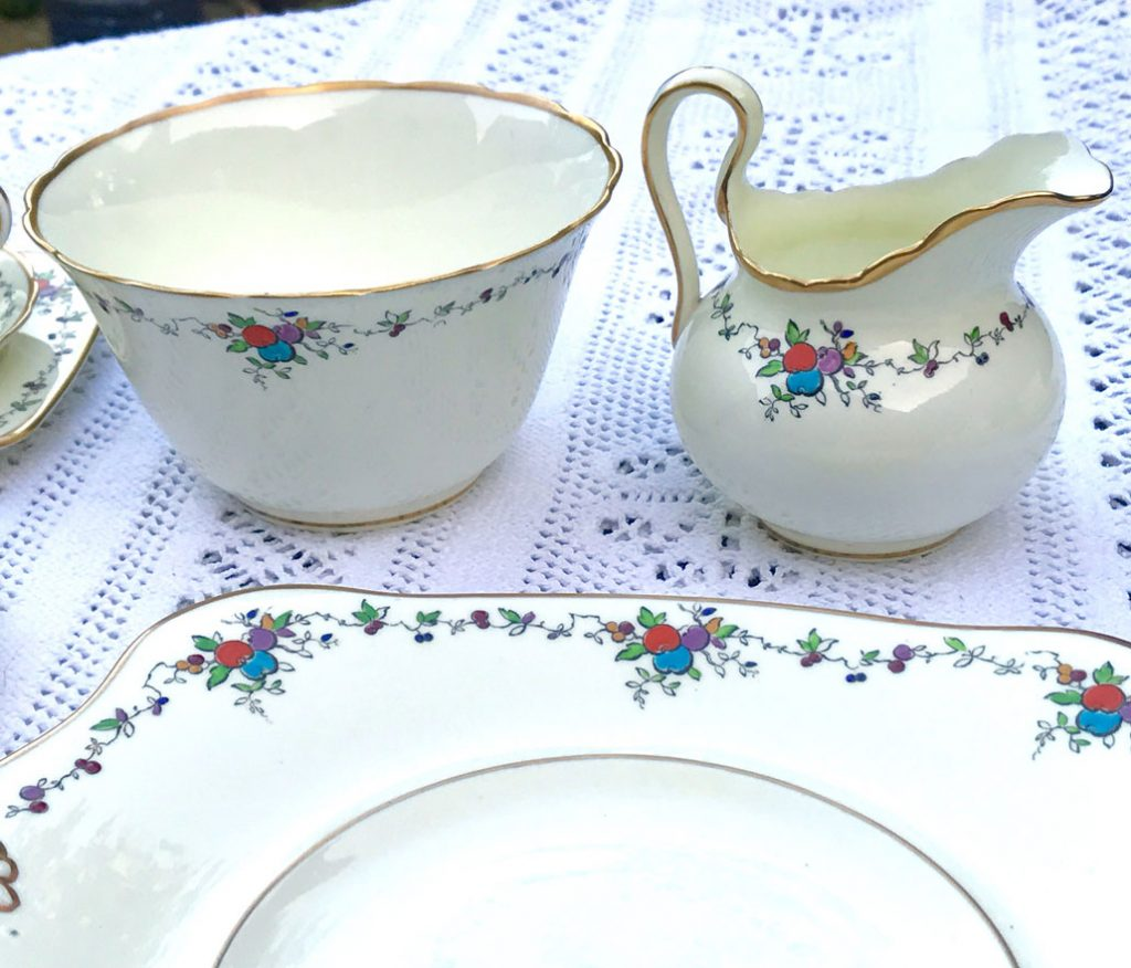 Wickstead's-Art-Deco-English-Tuscan-China-Tea-Set-(4)