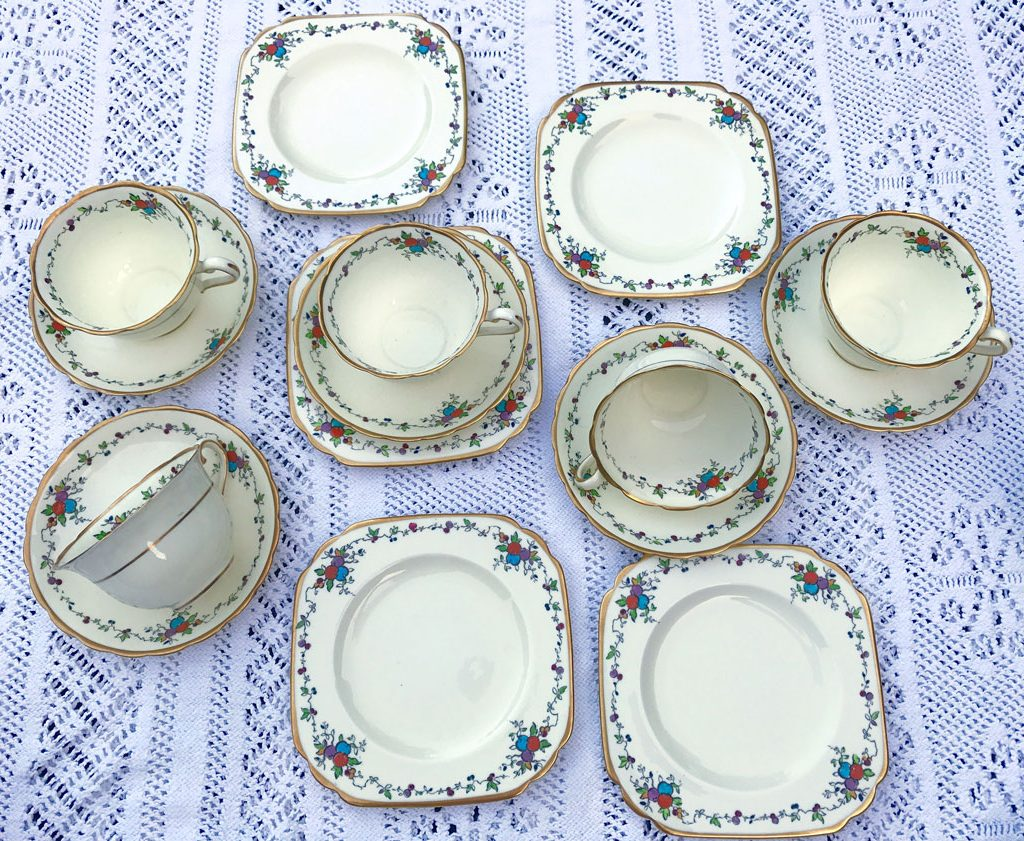 Wickstead's-Art-Deco-English-Tuscan-China-Tea-Set-(5)