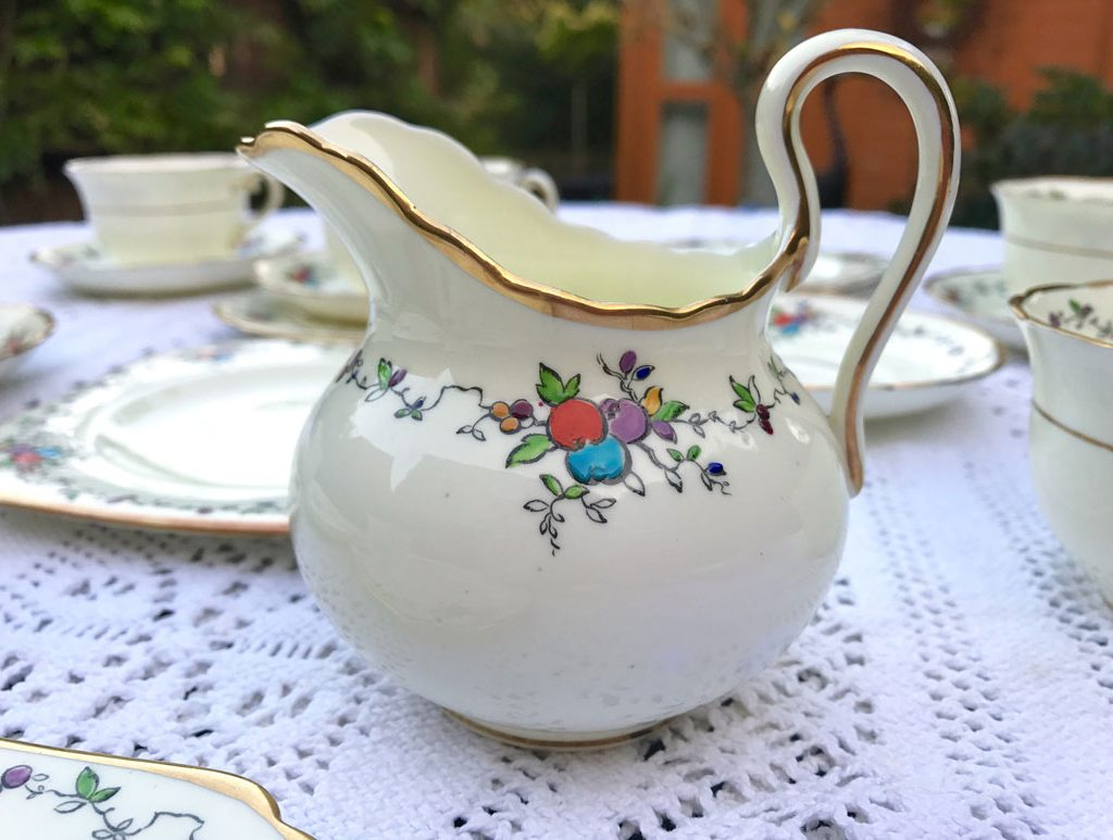 Wickstead's-Art-Deco-English-Tuscan-China-Tea-Set-(8)