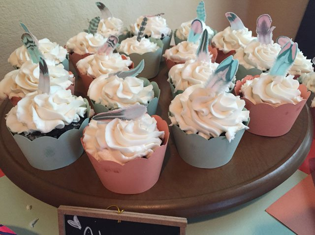 Wickstead's-Customer-Photo-of-our-Cotton-Candy-Feathers-on-Birthday-Cupcakes-(4)