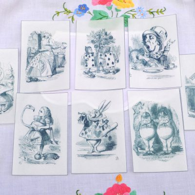 Wickstead's-Eat-Me-Edible-Black-&-White-Alice-in-Wonderland-Illustrations-x-8-(5)