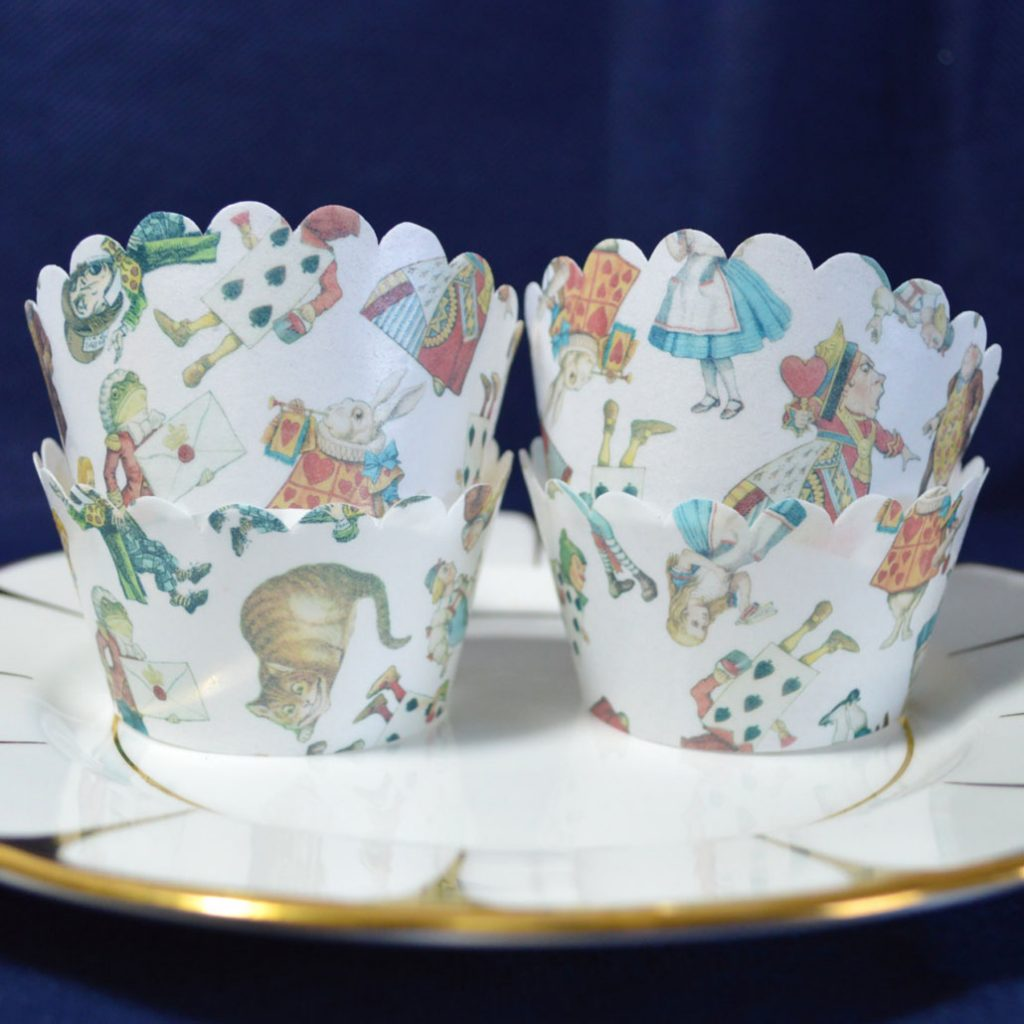 Wickstead's-Eat-Me-Edible-Cupcake-Wrappers-Alice-in-Wonderland-Chintz-(2)