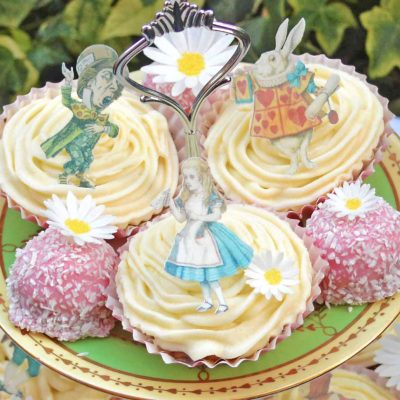 Wickstead's-Eat-Me-Edible-Images-Alice-in-Wonderland-Wafer-Rice-Paper-Figures-Small-(4)