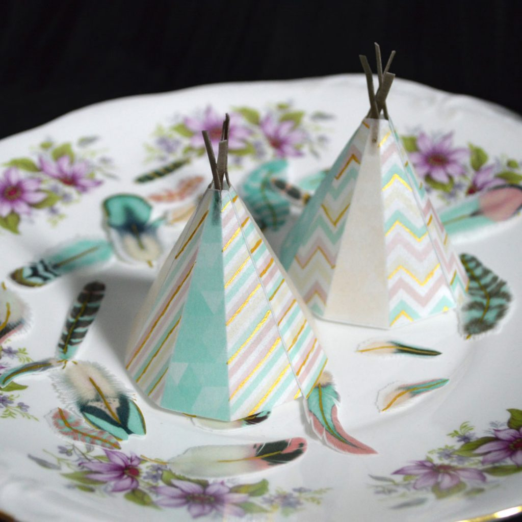 Wickstead's-Eat-Me-Edible-Images-Custom-Coloured-Personalised-Boho-3D-Teepee's-Gold-Detailing-(2)