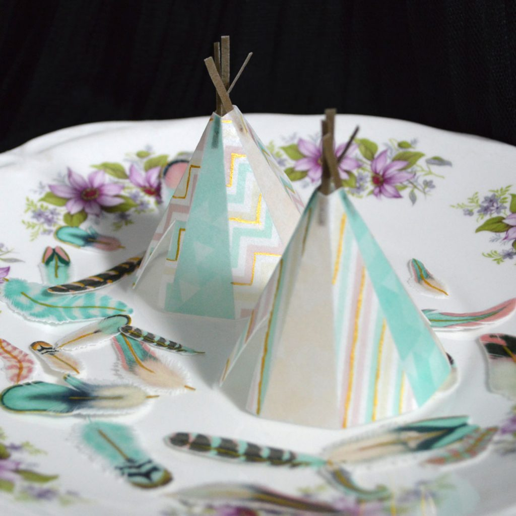 Wickstead's-Eat-Me-Edible-Images-Custom-Coloured-Personalised-Boho-3D-Teepee's-Gold-Detailing-(3)