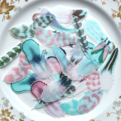 Wickstead's-Eat-Me-Edible-Wafer-Rice-Paper-Boho-Feathers-from-our-Persian-Azure-Collection-(2)