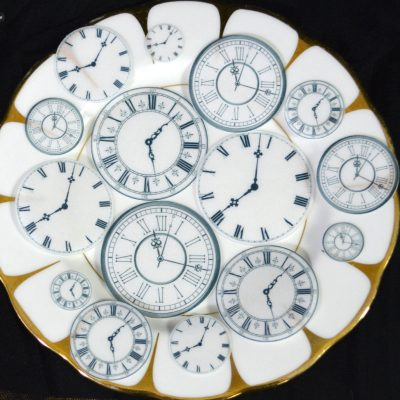 Wickstead's-Eat-Me-Edible-Wafer-Rice-Paper-Clock-Faces-(2)
