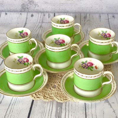 Wickstead's-Home-&-Living-Dainty-Coffee-Can-Cups-&-Saucers-Spring-Lime-Green-Set-(1)