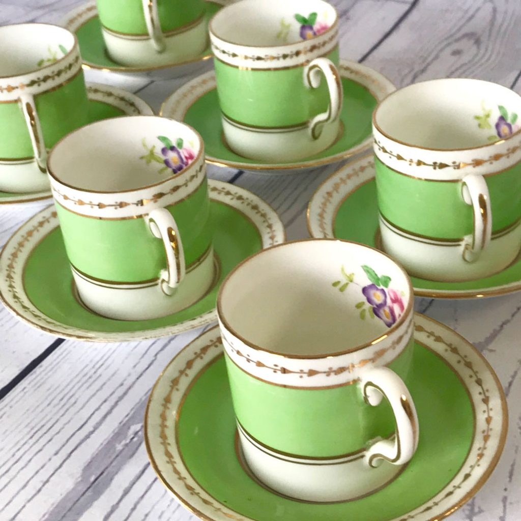 Wickstead's-Home-&-Living-Dainty-Coffee-Can-Cups-&-Saucers-Spring-Lime-Green-Set-(5)