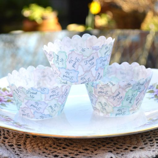 Wickstead's-Eat-Me-100%-Edible-Cupcake-Wrappers-Alice-in-Wonderland-Drink-Me