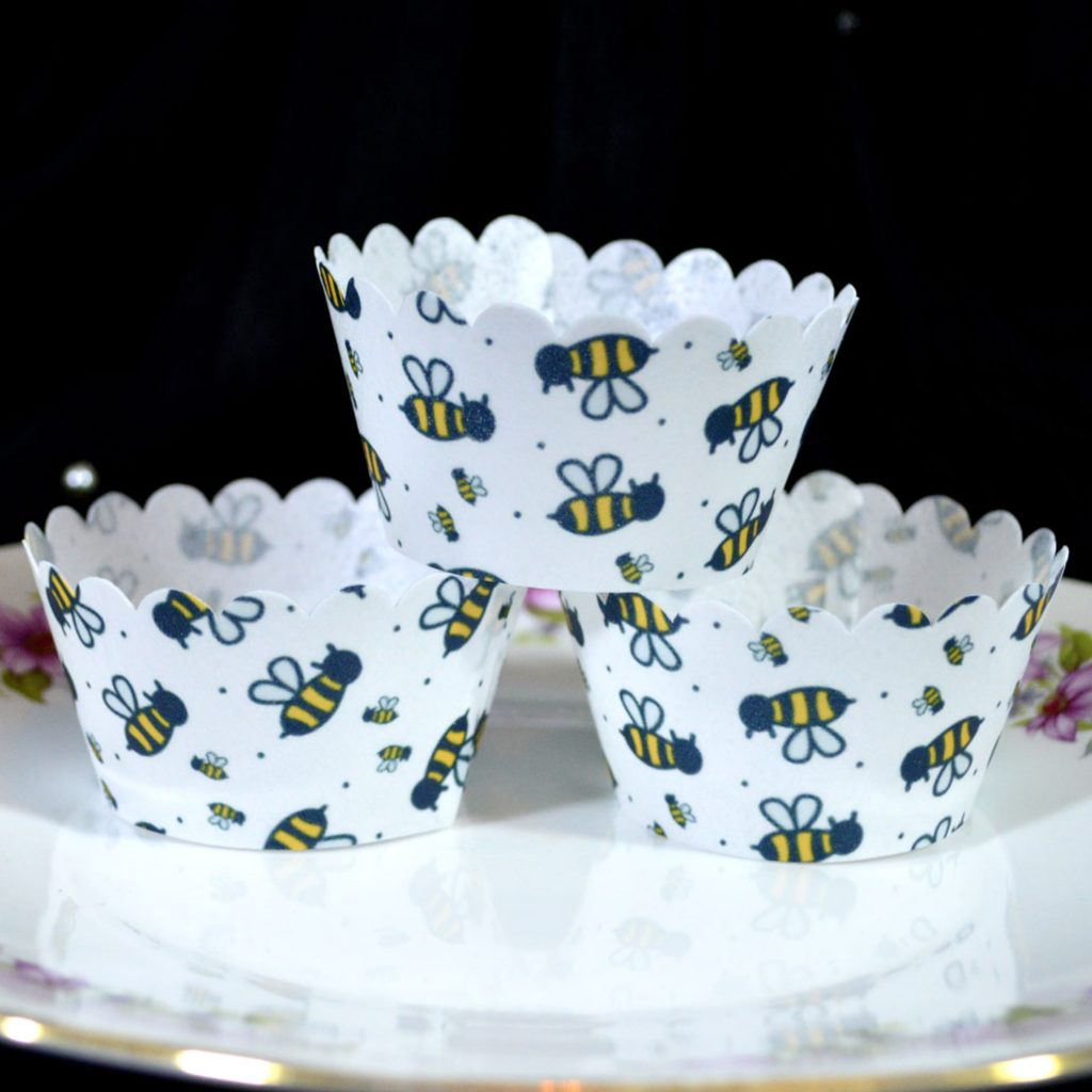 Wickstead's-Eat-Me-100%-Edible-Cupcake-Wrappers-Bumble-Bee-Chintz-(4)