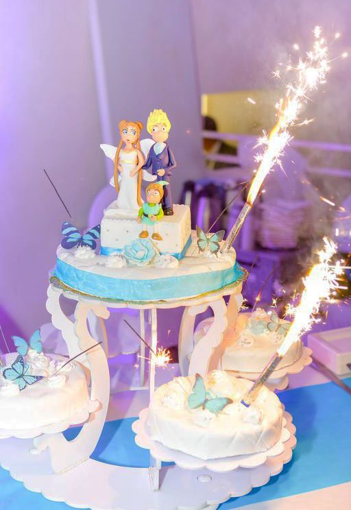 Wickstead's-Eat-Me-Customer-Photo-Blue-Butterflies-on-Sparkler-Cake-(1)