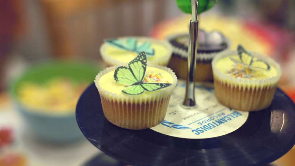 Wickstead's-Eat-Me-Customer-Photo-Mini-Butterflies-on-cupcakes-(2)