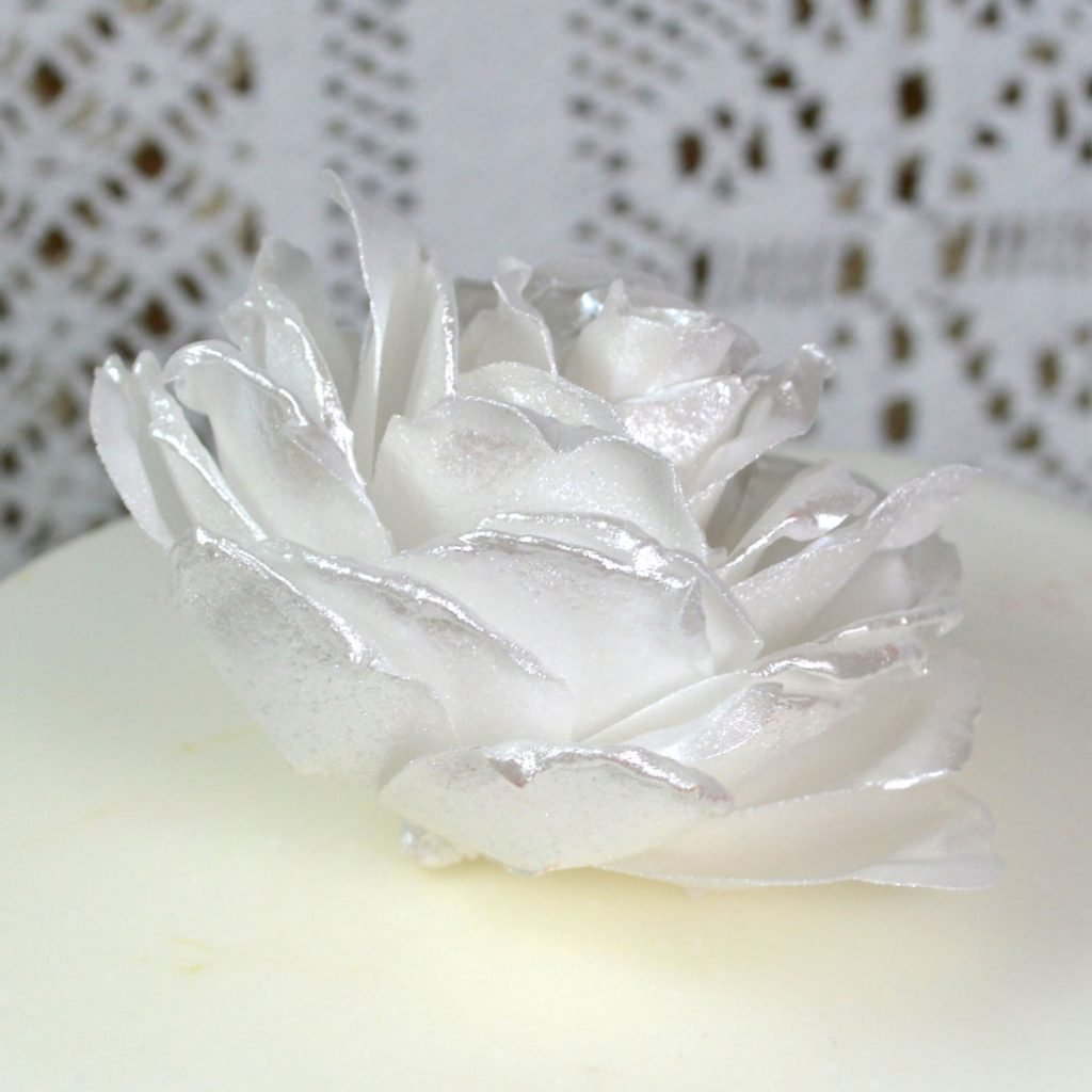 Wickstead's-Eat-Me-Edible-3D-Roses-Sugar-Free-Vanilla-Wafer-Rice-Paper-White-Pearl