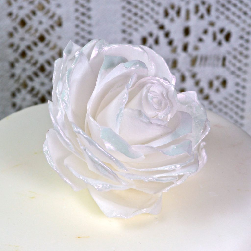 Wickstead's-Eat-Me-Edible-3D-Roses-Sugar-Free-Vanilla-Wafer-Rice-Paper-White-Pink-Iridescent-1