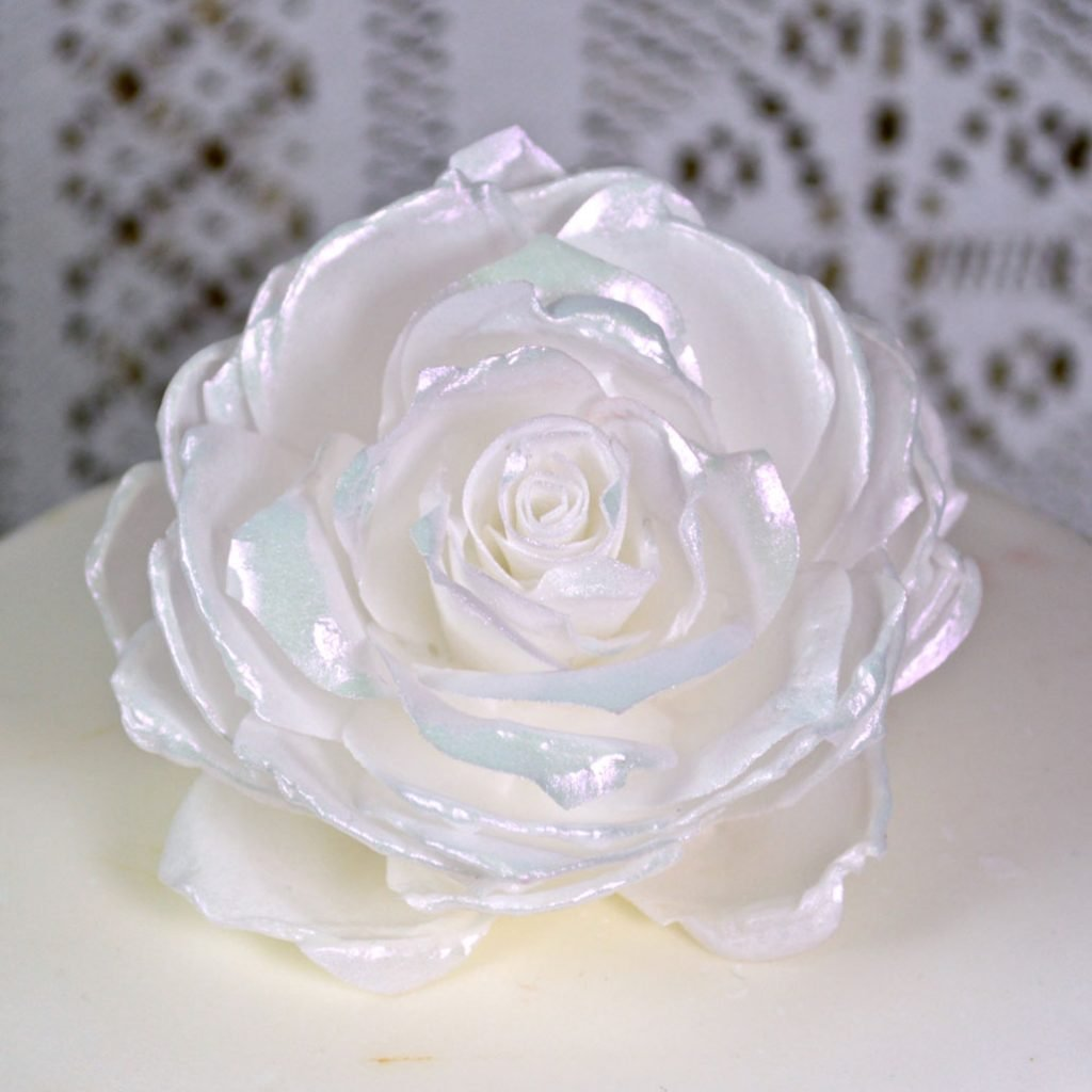 Wickstead's-Eat-Me-Edible-3D-Roses-Sugar-Free-Vanilla-Wafer-Rice-Paper-White-Pink-Iridescent-2