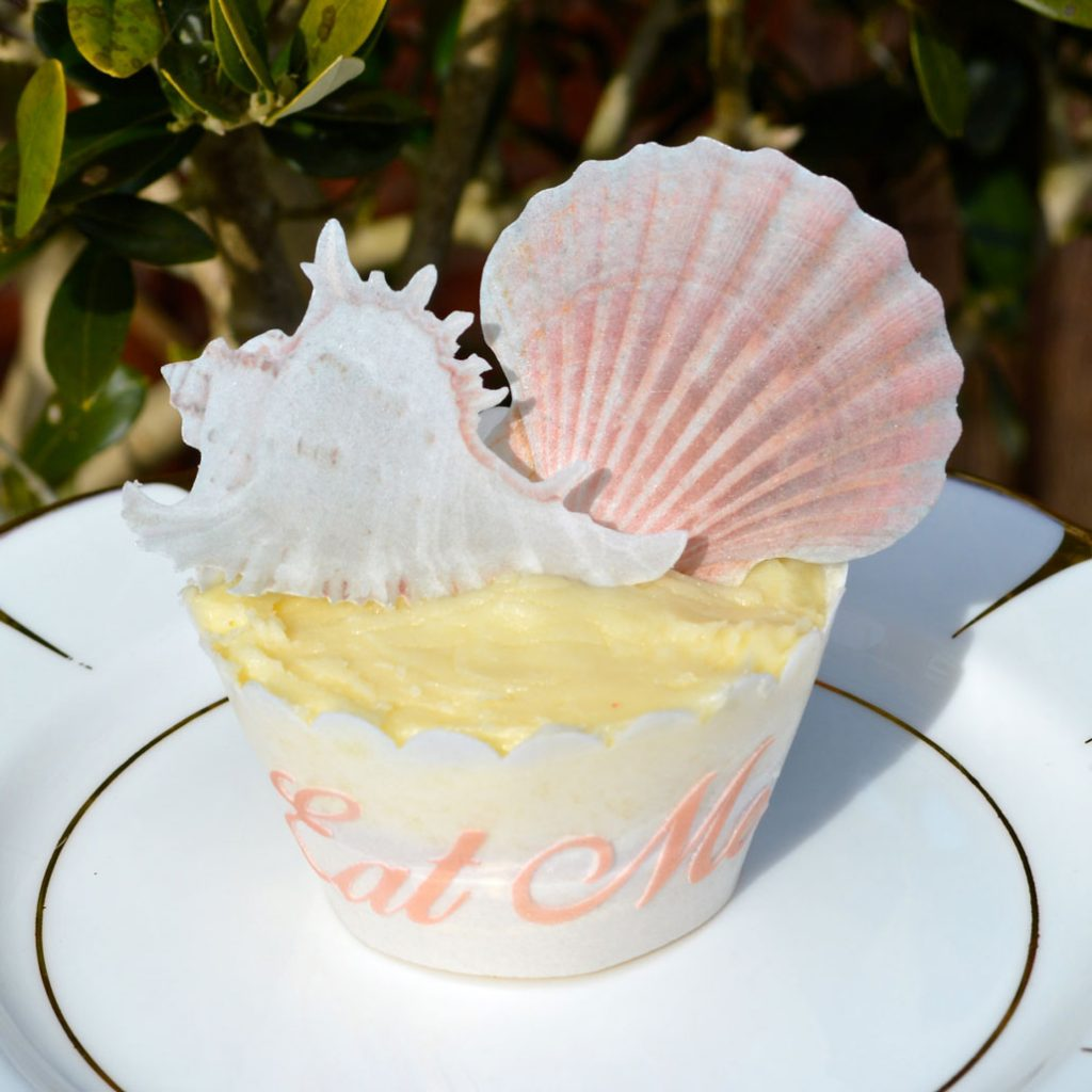 Wickstead's-Eat-Me-Edible-Sugar-Free-Vanilla-Wafer-Rice-Paper-Seashells-Sea-Shell-(1)