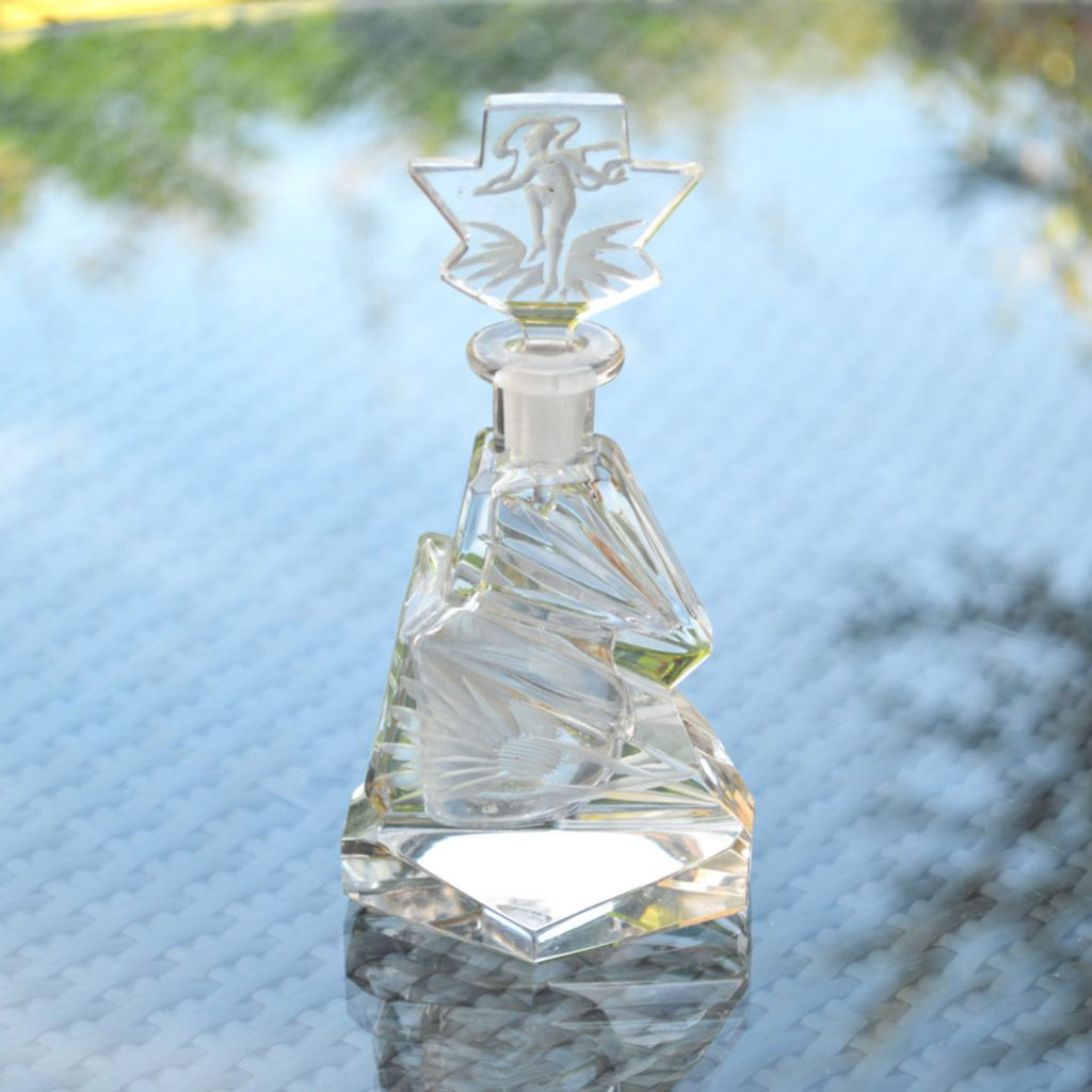 Wickstead's-Home-&-Living-Art-Deco-Clear-Crystal-Perfume-Bottle-Intaglio-Etched-Flowers-and-Figure-(1)