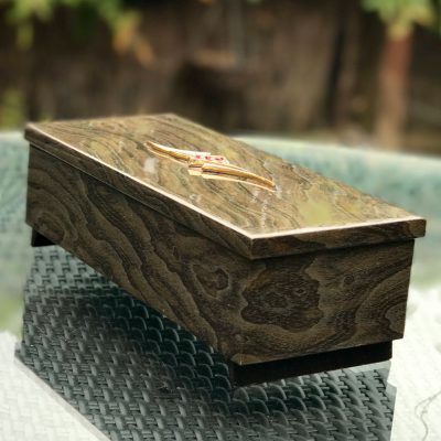 Wickstead's-Home-&-Living-Musical-Jeweled-Jewellery-Box-High-Gloss-Lacquered-Wood-Grain-Pattern-(5)