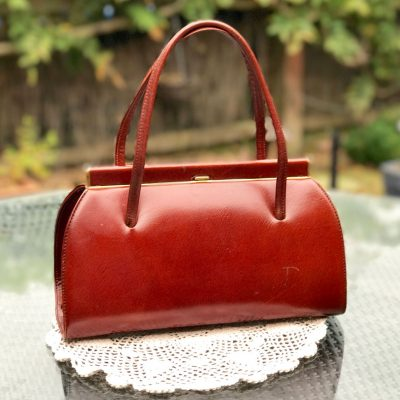 Wickstead's-Home-&-Living-Tan-Leather-Handbag-1950s-1960s-Classic-Snap-Top-Kelly-Bag-for-The-Mad-Men-Look-(2)
