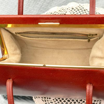 Wickstead's-Home-&-Living-Tan-Leather-Handbag-1950s-1960s-Classic-Snap-Top-Kelly-Bag-for-The-Mad-Men-Look-(7)