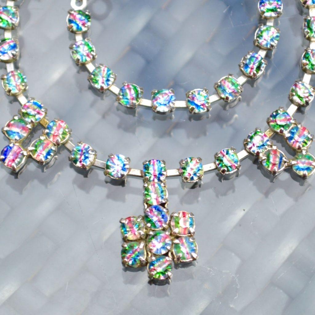 Wickstead's-Jewels-&-Treasures-1950s-Vintage-Iris-Rainbow-Diamanté-Rhinestones-Set-Necklace-(2)