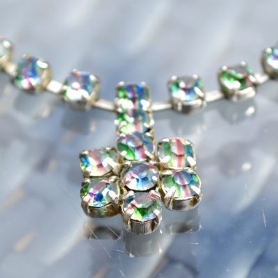 Wickstead's-Jewels-&-Treasures-1950s-Vintage-Iris-Rainbow-Diamanté-Rhinestones-Set-Necklace-(4)