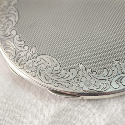 Wickstead's-Jewels-Treasures-&-Beauty-Solid-Silver-Powder-Compact-Handbag-Purse-Mirror-(7)