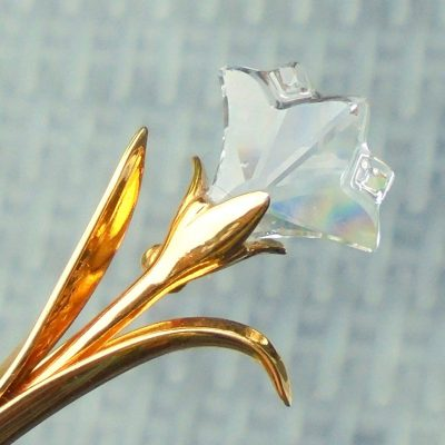 Wickstead's-Jewels-&-Treasures-Signed-Swarovski-Crystal-Lilly-Tulip-Iris-Flower-Lapel-Pin-Brooch-Gold-Tone-(1)