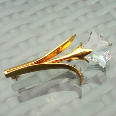 Wickstead's-Jewels-&-Treasures-Signed-Swarovski-Crystal-Lilly-Tulip-Iris-Flower-Lapel-Pin-Brooch-Gold-Tone-(4)