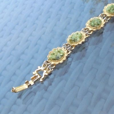 Wickstead's-Jewels-Treasures-Vintage-Costume-Jewellery-Bracelet-Green-Agate-Stone-Chips-Gold-Tone-(4)