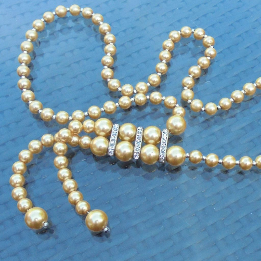 Wickstead's-Jewels-Treasures-Vintage-Pearls-Necklace—Cream-Beads-Diamante-Rhinestone-Silver-Detail-1920-30s-Flapper-Double-Drop-(2)