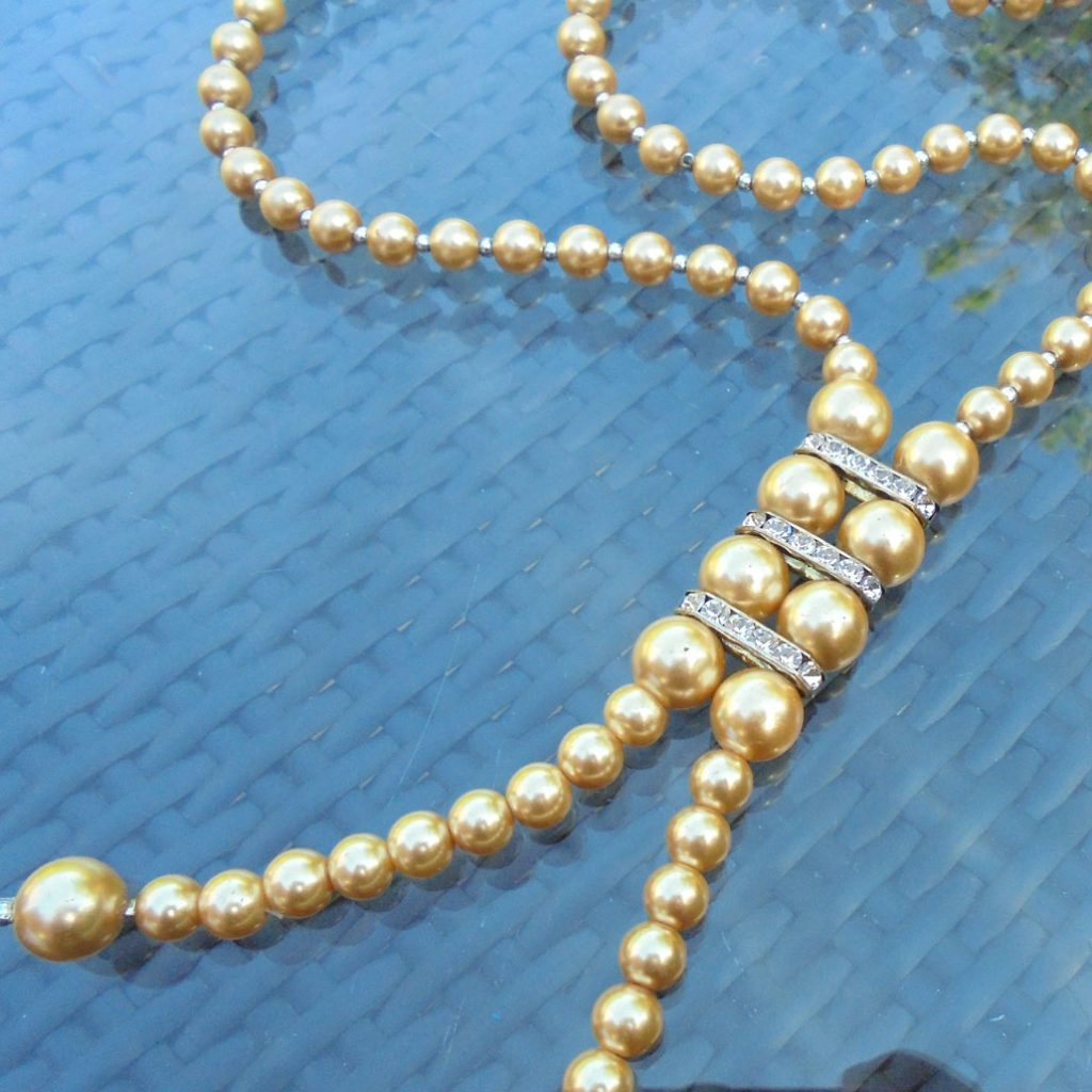 Wickstead's-Jewels-Treasures-Vintage-Pearls-Necklace—Cream-Beads-Diamante-Rhinestone-Silver-Detail-1920-30s-Flapper-Double-Drop-(4)