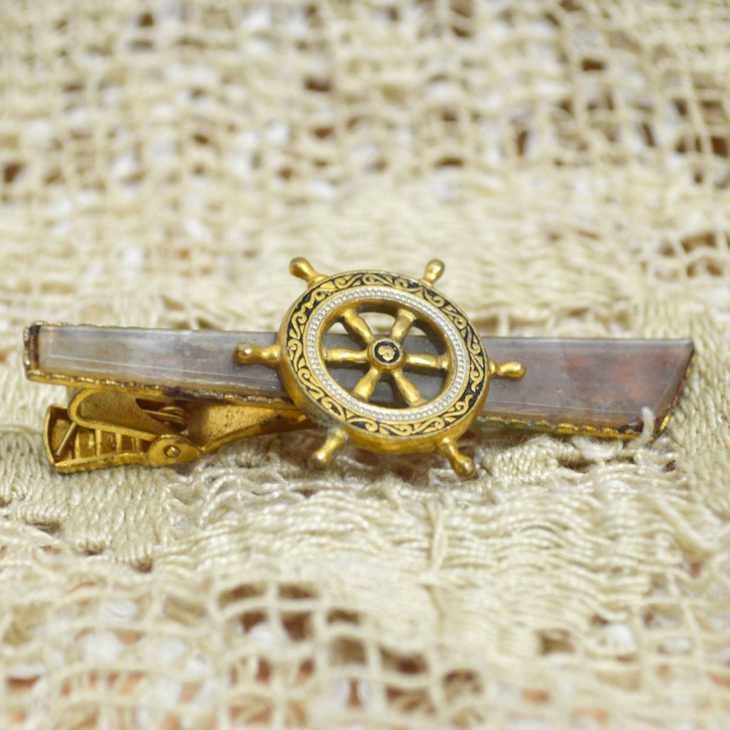 Wicksteads-Mr-Wickstead-Jewellery-Vintage-Tie-Bar-Clip-Spanish-Damascene-Toledo-Ware-Nautical-Ships-Wheel—Gold-Plated-(3)