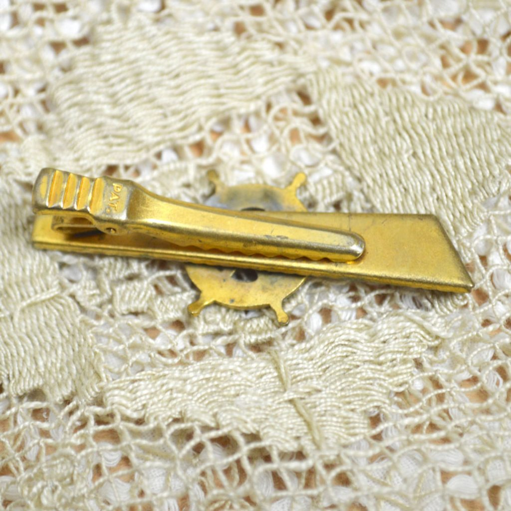 Wicksteads-Mr-Wickstead-Jewellery-Vintage-Tie-Bar-Clip-Spanish-Damascene-Toledo-Ware-Nautical-Ships-Wheel—Gold-Plated-(5)
