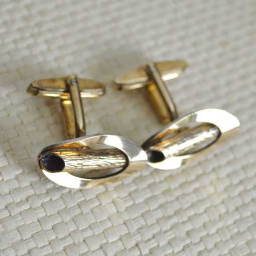 Wickstead's-Mr-Wickstead-Vintage-Cufflinks-9ct-Gold-Vermeil-Sterling-Silver–Oval-Fronts-with-Log-Bark-Effect-Detail-(1)