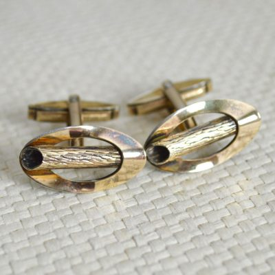 Wickstead's-Mr-Wickstead-Vintage-Cufflinks-9ct-Gold-Vermeil-Sterling-Silver–Oval-Fronts-with-Log-Bark-Effect-Detail-(4)