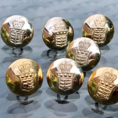 Wickstead's-Mr-Wickstead-Vintage-Military-Uniform-Buttons-Royal-Army-Ordnance-Corps-with-the-Queens-Crown-1953-(6)