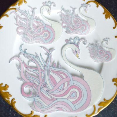 Wickstead's-Eat-Me-Edible-Sugar-Free-Vanilla-Wafer-Rice-Paper-Swan-Pink-Crystal-Swans-(4)